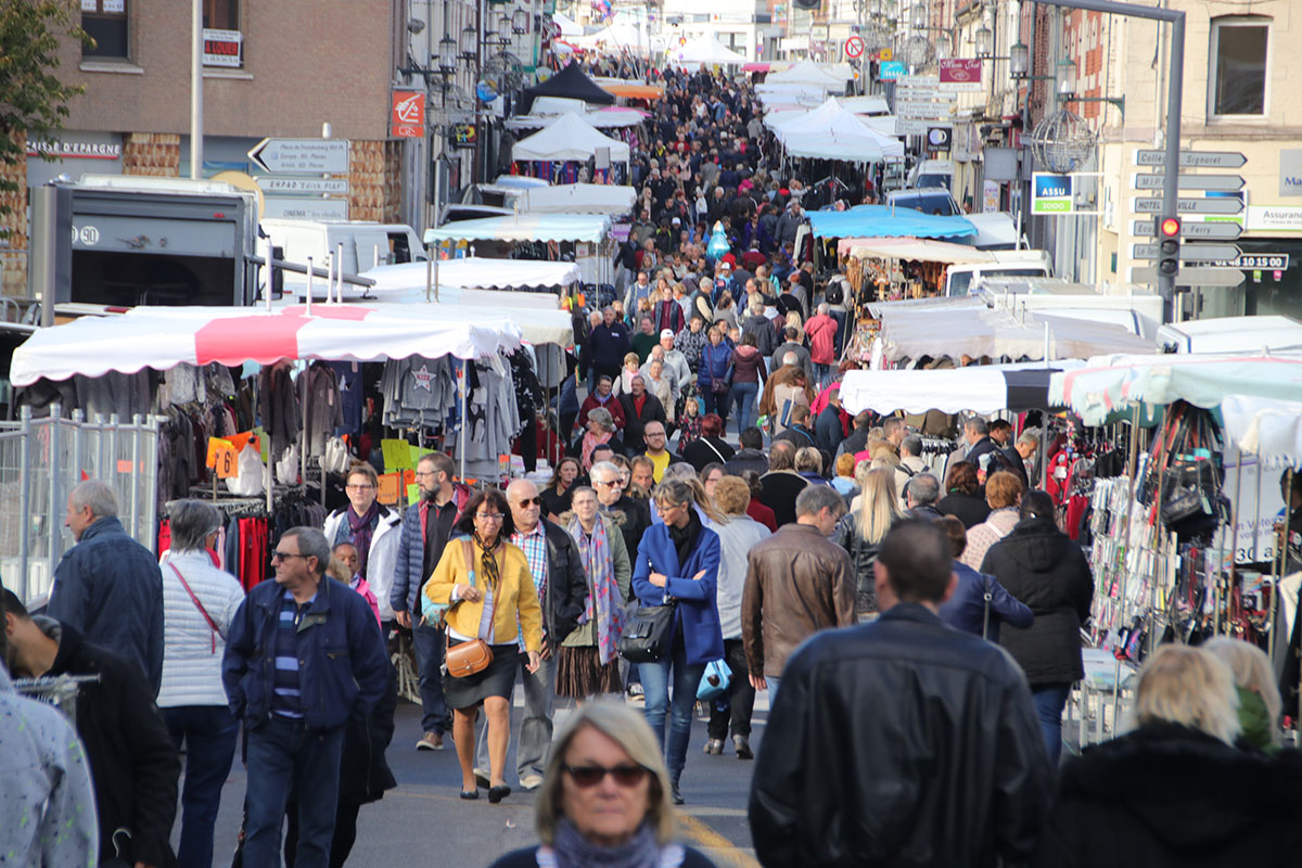 foule braderie